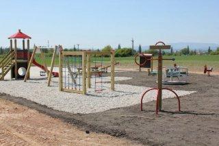 Dětské hřiště - Dlouhá